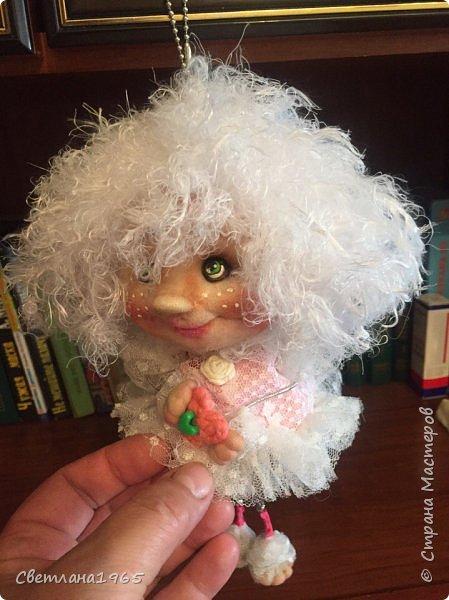 Приветствую !Простенькая куклеха...ножки,ручки на веревочках фото 5