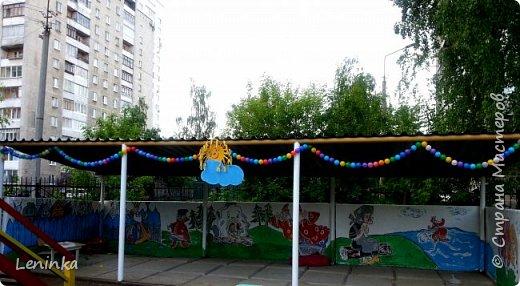 Вот наступило лето и я опять ремонтирую очередные веранды в детском саду.  Очень люблю наши советские мультики. Вот что у меня получилось. Картинки я срисовывала.Краски акриловые в конце работы все покрыла лаком. Строго не судите я не художник. фото 3