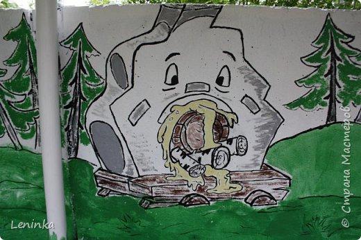 Вот наступило лето и я опять ремонтирую очередные веранды в детском саду.  Очень люблю наши советские мультики. Вот что у меня получилось. Картинки я срисовывала.Краски акриловые в конце работы все покрыла лаком. Строго не судите я не художник. фото 7
