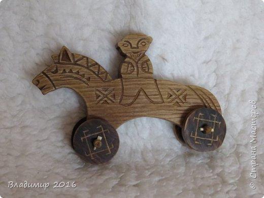 Деревянная игрушка фото 1