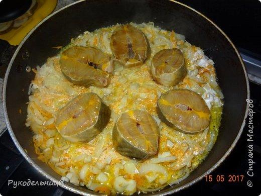 Всем добрый вечер жители СМ. Предлагаю вам вот такой ужин. Рыбку с грибами и овощами. Очень сытно и вкусно. фото 8