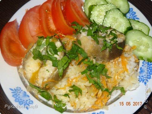 Всем добрый вечер жители СМ. Предлагаю вам вот такой ужин. Рыбку с грибами и овощами. Очень сытно и вкусно. фото 1