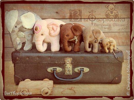Вот такая семейка у меня появилась благодаря совместному пошиву Хотьковского слоника у замечательного мастера Виктории Макаровой.)  фото 1