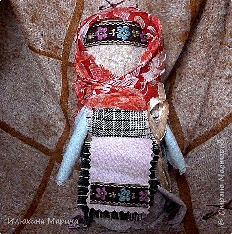 Всем мастерам страны доброе время суток!! Хочу поделиться с очередными своими оберегами-куклами.Вот мои подружки: фото 4