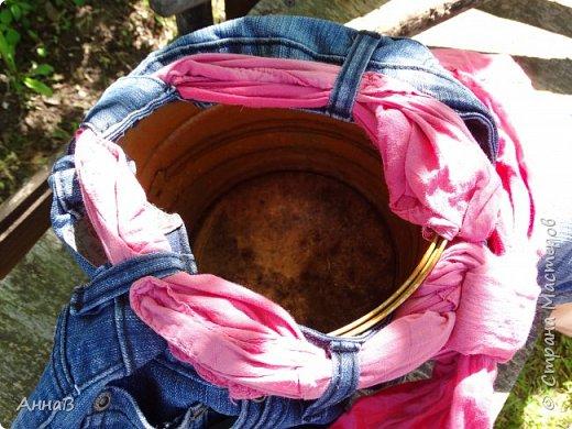 Очередной вариант кормушки из старых чашек, пока не знаю понравиться ли птицам :)  фото 8