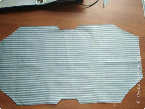 У меня случилась мания переделки и я разодрала обложку своего тревел-бука (http://stranamasterov.ru/node/1019947) и полностью ее переделала, заодно добавила вставочек и внутри :)  Весь процесс переделки зафотографировала, чтобы поделиться :)  фото 3