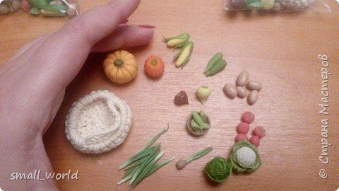 здравствуйте любители мастерить! сегодня я вам покажу овощи для кукол 1:6 . вот такой вот огород мы набрали фото 3