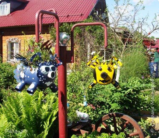 Здравствуйте,все кто зашел ко мне!Таких поросят пегасов сделал муж,используются в качестве подвесных кашпо для цветов.Сделал из пустых баллонов от фреона.В конце есть фото баллонов. фото 12