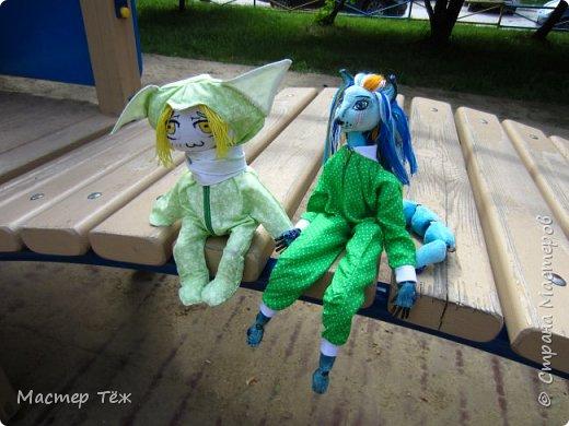 Лето чудесная пара для творчества. И мы с парнями решили погулять. Лис ещё не совсем готов, но всё это скрылось за зеленой пижамой. Я очень торопился, потому что мы хотим участвовать в конкурсе костюмов! Но попутно делимся с вами этим позитивным днём: прогулка удалась!   фото 8