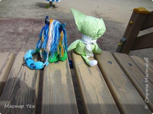 Лето чудесная пара для творчества. И мы с парнями решили погулять. Лис ещё не совсем готов, но всё это скрылось за зеленой пижамой. Я очень торопился, потому что мы хотим участвовать в конкурсе костюмов! Но попутно делимся с вами этим позитивным днём: прогулка удалась!   фото 9