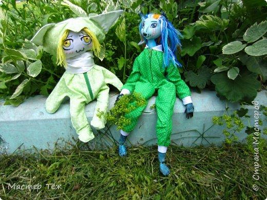 Лето чудесная пара для творчества. И мы с парнями решили погулять. Лис ещё не совсем готов, но всё это скрылось за зеленой пижамой. Я очень торопился, потому что мы хотим участвовать в конкурсе костюмов! Но попутно делимся с вами этим позитивным днём: прогулка удалась!   фото 12
