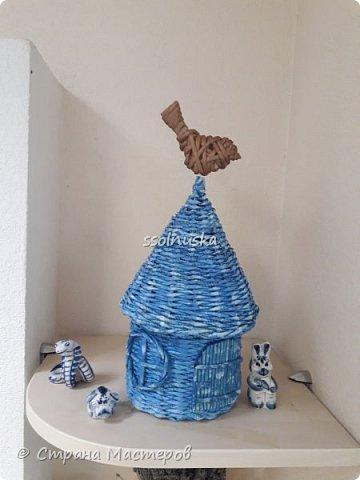 Всем привет!  Задумывался прекрасный домик- а получилось хижина! Задумывался летним, но скорее всего он зимний. Так как он первый- имеет право на жизнь!  :) фото 13