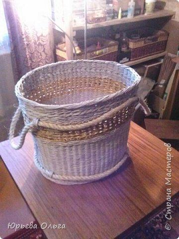 """Здравствуйте, мастера и мастерицы. Последнее время многие занялись плетением корзин для белья. Хочу показать, что в этом направлении получилось у меня. И поделиться некоторыми """"находками"""" в плане хитростей плетения, которые за последнее время нашла для себя. фото 8"""