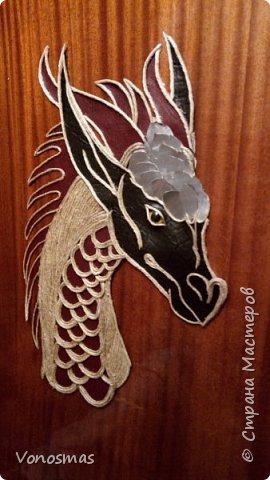 Голова дракона из кожи, джутового шпагата и алюминия фото 9