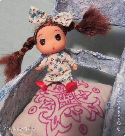 Сегодня я вам покажу ещё одну куклу с множеством костюмов. Фото будет предостаточно! Это Вильф - белокожий демон. Нет, не альбинос. Он весьма молод, что заметно по взгляду. фото 58