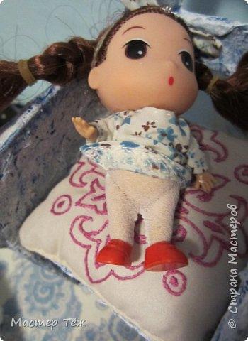 Сегодня я вам покажу ещё одну куклу с множеством костюмов. Фото будет предостаточно! Это Вильф - белокожий демон. Нет, не альбинос. Он весьма молод, что заметно по взгляду. фото 59