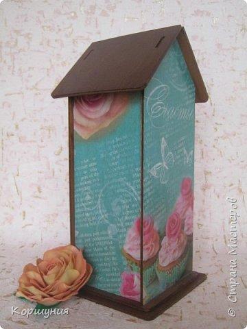Здравствуйте!Показываю вам очередной домик для чайных пакетиков,на этот раз со ставнями.  фото 8