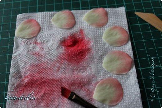Сначала чуть-чуть готовых роз... фото 13