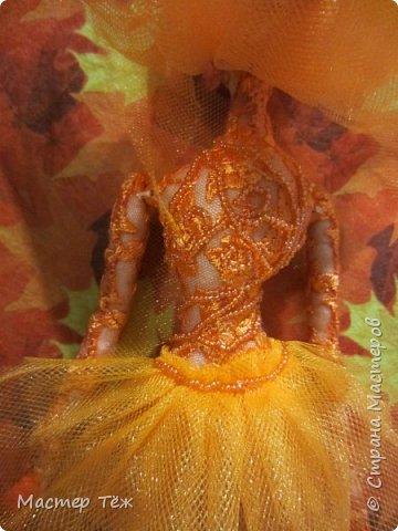 Этих кукол я создал очень давно. Хотел закрепить свои знания в пошиве тел кукол из сочетания разных тканей. В частности: бязь и гипюр. Результатом я доволен. Плюс прически я сделал из мягкой сетки, которая хорошо блестит, как гипюр и бисер, что были использованы в работе.   фото 7
