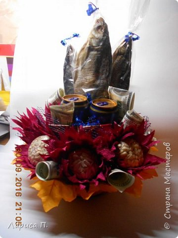Ноутбук на коробке конфет фото 3