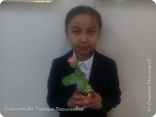 """Анфилофьева Оксана, ученица 5 """"А"""" класса, 11 лет выложила бисером бабочку. фото 4"""