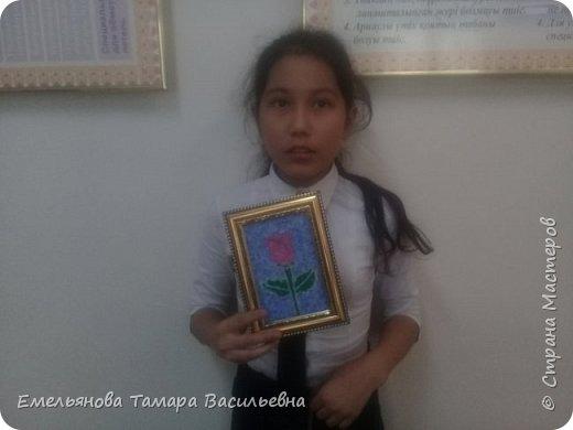 """Анфилофьева Оксана, ученица 5 """"А"""" класса, 11 лет выложила бисером бабочку. фото 6"""