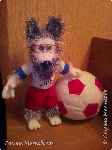 Привет всем! Я опять с новой игрушкой. На повестке дня футбол, а я могу в нем участвовать только так!   фото 1