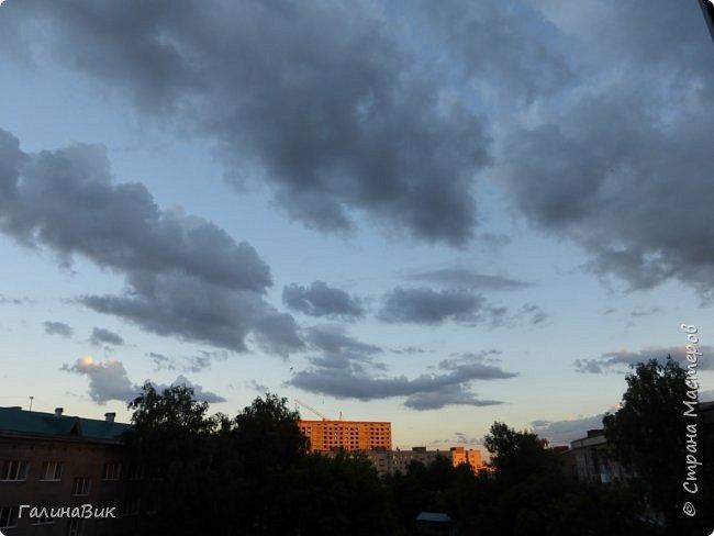 Всем добрый день!!! Хочу показать несколько фото башкирского неба. Фото делала из окна вечером. Закат - красавец!!! Сколько оттенков шоколада! фото 5