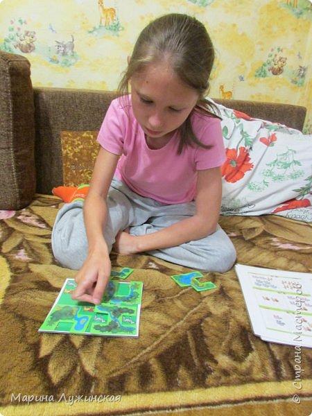 Всем Дорого времени суток! Хочу рассказать о пополнении в нашей коллекции настольных игр ... В эти игры можно играть  и в одиночку, и с друзьями... Эти игры-головоломки отлично тренируют ум. Мои дети и их друзья с удовольствием играют в них. А я радуюсь, что дети увлечены и забывают про  компьютер  ... фото 3