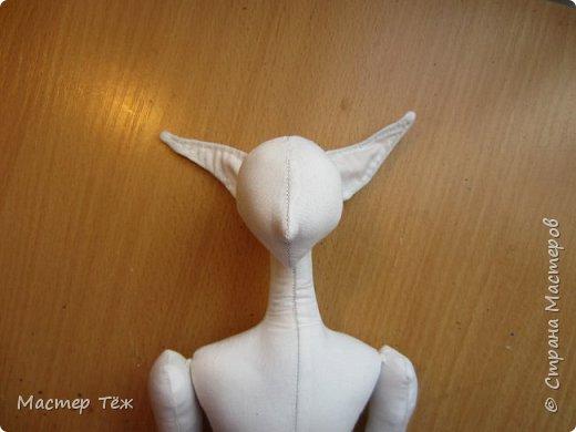 Сегодня я покажу вам как создаю болванок для своих текстильных кукол. Процесс создания тела очень долгий и трудоемкий, поэтому болванками таких кукол тоже сложно назвать.   У меня по моей схеме вышел вот такой парень. рост 45 см.  Запаситесь терпением, работа трудоёмкая!!!  фото 45