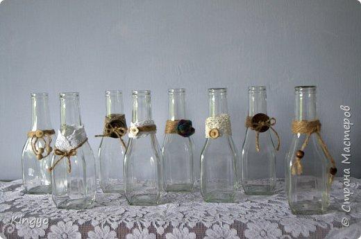 Нет-нет, это не из-за финансовых трудностей! Просто, люблю я стеклянные бутылки разных форм и размеров:) А так как теперь я могу себе позволить тратить больше времени на создание красивого, то вот, воплотила мечту: фото 2