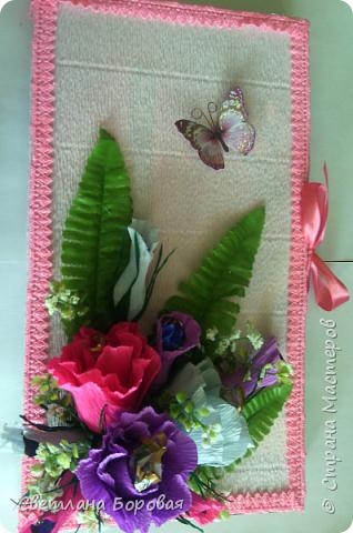 """Немного фантазии и обычные конфеты превращаются в цветы. Два варианта сладких букетов. Первый вариант - коробка конфет """"Коркунов"""". фото 2"""