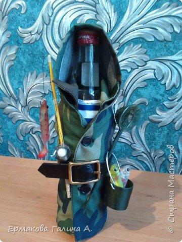 Доброго всем дня!Решила показать свои бутылочки .Эта бутылочка из последних работ.Дама задумывалась как танцовщица кабаре,надеюсь задумка удалась. фото 4