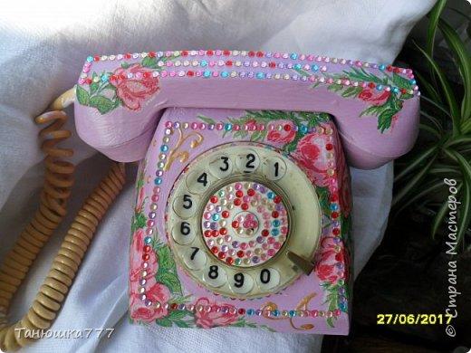 Увидела в ин-те декупаж телефонного аппарата dekupazh/86629-snova-telefon-dekupazh.html (есть еще много других) и пропала. Так захотелось сделать. Долго собиралась и вот вуаля! фото 1