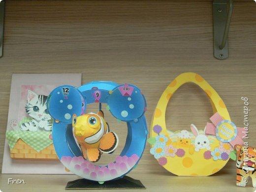 Календарь с рыбкой и пасхальная корзиночка из бумаги.