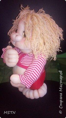 Домовенок Харитошка. Старая детская футболка + волосы из акриловых ниток. Каркас из проволоки.  фото 1