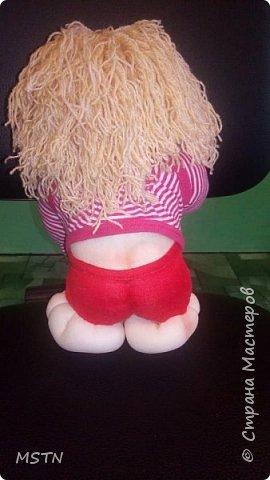 Домовенок Харитошка. Старая детская футболка + волосы из акриловых ниток. Каркас из проволоки.  фото 3