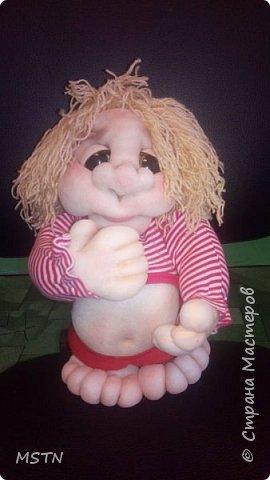 Домовенок Харитошка. Старая детская футболка + волосы из акриловых ниток. Каркас из проволоки.  фото 4