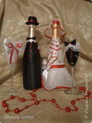 Сделаны еще два свадебных набора в красно-белом цвете.  Что-то у нас этот цвет  в этом году востребован молодыми парами для украшения свадеб.  фото 3