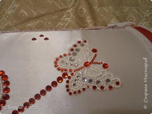 Сделаны еще два свадебных набора в красно-белом цвете.  Что-то у нас этот цвет  в этом году востребован молодыми парами для украшения свадеб.  фото 8