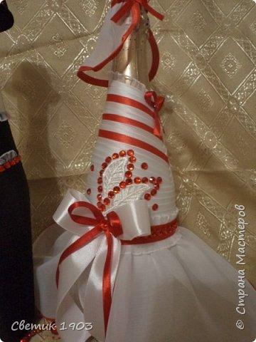 Сделаны еще два свадебных набора в красно-белом цвете.  Что-то у нас этот цвет  в этом году востребован молодыми парами для украшения свадеб.  фото 13