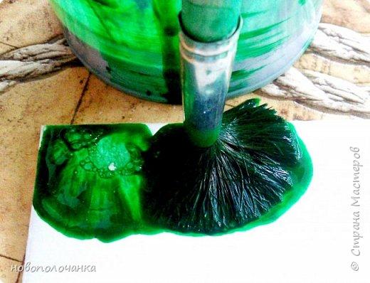 Здравствуйте  дорогие мастера и  мастерицы. Сейчас для племянника я делаю  сувенирную шкатулку Сигаретница.  Любимый цвет племянника – зелёный.  Пробую делать   имитацию малахита. Как я её  делаю и что получилось,  делюсь с вами. фото 10