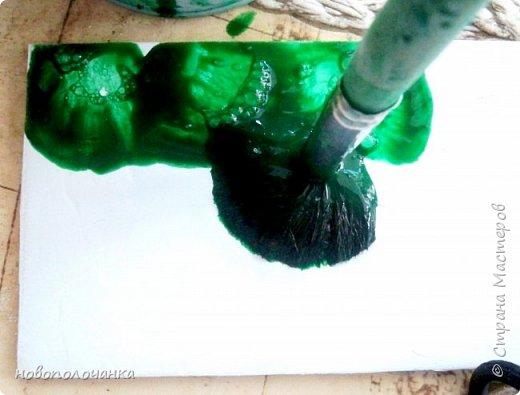 Здравствуйте  дорогие мастера и  мастерицы. Сейчас для племянника я делаю  сувенирную шкатулку Сигаретница.  Любимый цвет племянника – зелёный.  Пробую делать   имитацию малахита. Как я её  делаю и что получилось,  делюсь с вами. фото 12