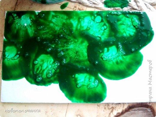 Здравствуйте  дорогие мастера и  мастерицы. Сейчас для племянника я делаю  сувенирную шкатулку Сигаретница.  Любимый цвет племянника – зелёный.  Пробую делать   имитацию малахита. Как я её  делаю и что получилось,  делюсь с вами. фото 16