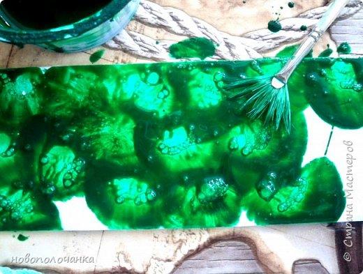 Здравствуйте  дорогие мастера и  мастерицы. Сейчас для племянника я делаю  сувенирную шкатулку Сигаретница.  Любимый цвет племянника – зелёный.  Пробую делать   имитацию малахита. Как я её  делаю и что получилось,  делюсь с вами. фото 18
