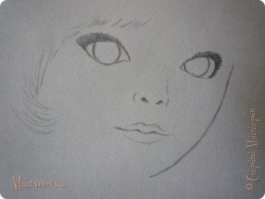 Добрый вечер!  Сегодня я покажу вам, как нарисовать Алису из сказки Льюиса Кэрролла. Нам нужны: простой карандаш, ластик, цветные карандаши (у меня 24 цвета), коричневая, черная и зеленая ручки, белый линер (белая ручка). Ну и, естественно, бумага, на которой вы будете рисовать... фото 12
