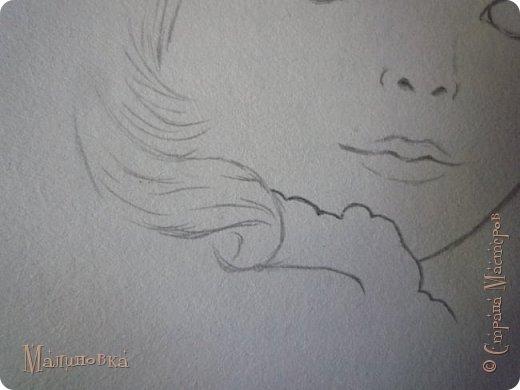 Добрый вечер!  Сегодня я покажу вам, как нарисовать Алису из сказки Льюиса Кэрролла. Нам нужны: простой карандаш, ластик, цветные карандаши (у меня 24 цвета), коричневая, черная и зеленая ручки, белый линер (белая ручка). Ну и, естественно, бумага, на которой вы будете рисовать... фото 15