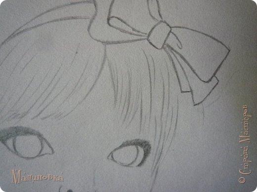 Добрый вечер!  Сегодня я покажу вам, как нарисовать Алису из сказки Льюиса Кэрролла. Нам нужны: простой карандаш, ластик, цветные карандаши (у меня 24 цвета), коричневая, черная и зеленая ручки, белый линер (белая ручка). Ну и, естественно, бумага, на которой вы будете рисовать... фото 24