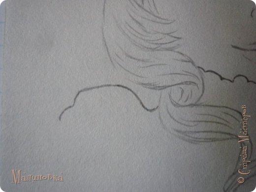 Добрый вечер!  Сегодня я покажу вам, как нарисовать Алису из сказки Льюиса Кэрролла. Нам нужны: простой карандаш, ластик, цветные карандаши (у меня 24 цвета), коричневая, черная и зеленая ручки, белый линер (белая ручка). Ну и, естественно, бумага, на которой вы будете рисовать... фото 26