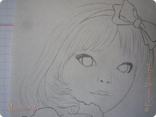 Добрый вечер!  Сегодня я покажу вам, как нарисовать Алису из сказки Льюиса Кэрролла. Нам нужны: простой карандаш, ластик, цветные карандаши (у меня 24 цвета), коричневая, черная и зеленая ручки, белый линер (белая ручка). Ну и, естественно, бумага, на которой вы будете рисовать... фото 31